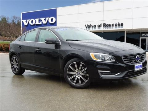 Pre-Owned 2017 Volvo S60 T5 Platinum All-wheel Drive Sedan